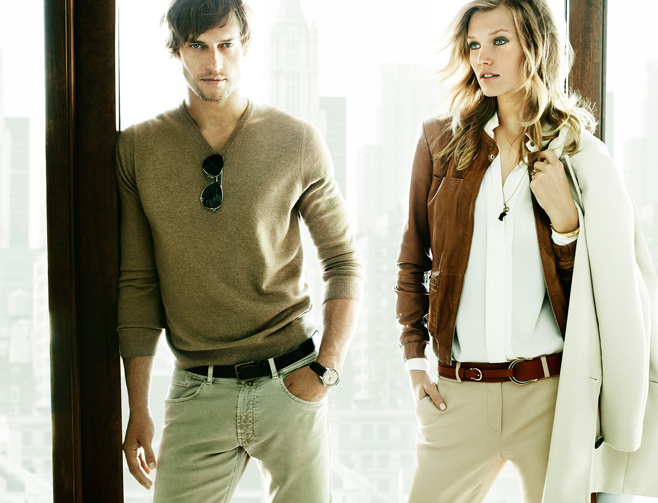 massimo dutti Massimo dutti was incorporated to the group in 1991 and it epitomises elegant  and universal style that connects with the independent,.