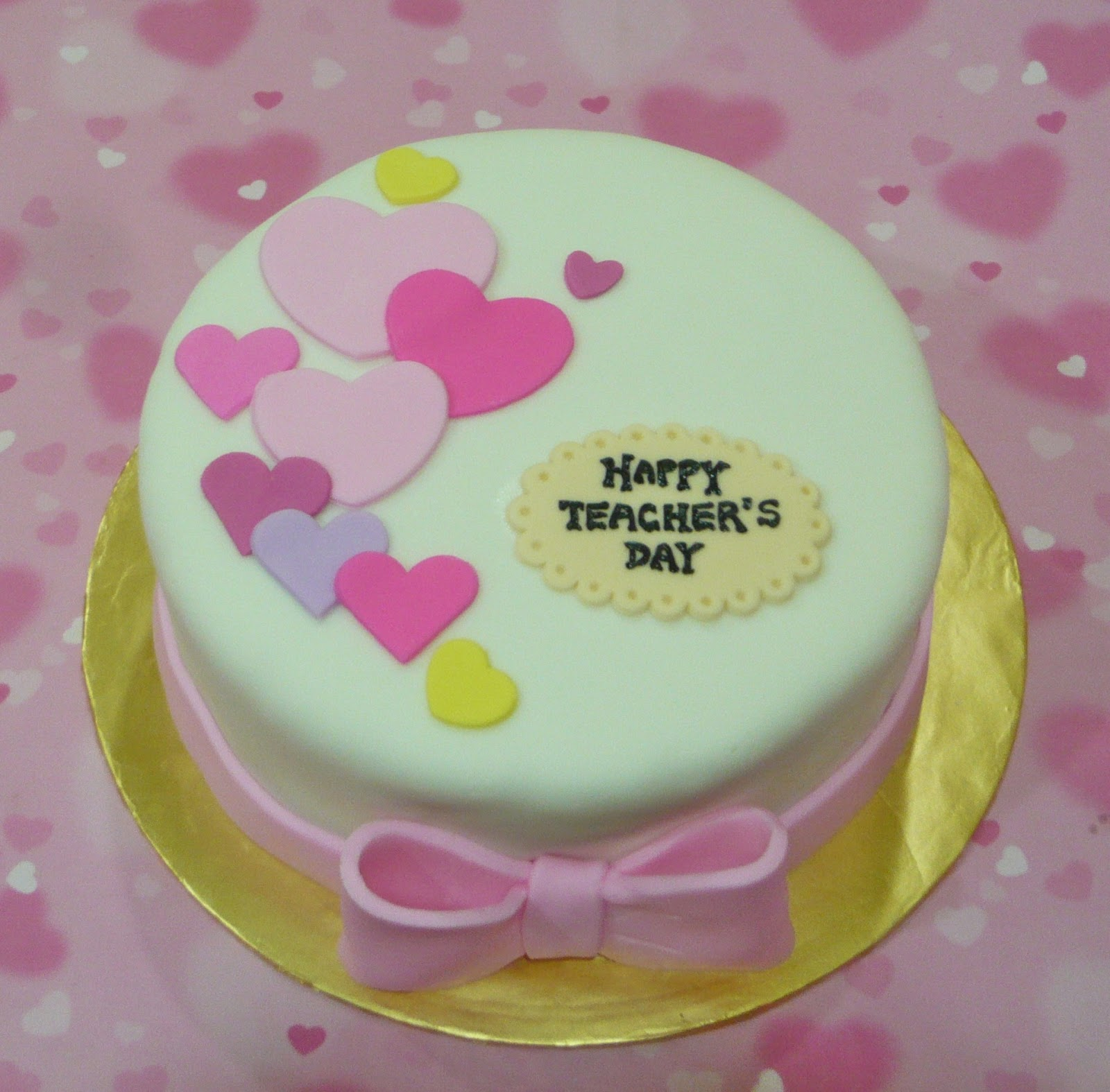 Cake Designs For Teachers Day : Jenn Cupcakes & Muffins: Teacher s Day Cake