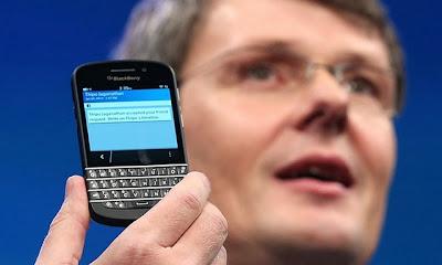 El próximo lanzamiento de BlackBerry Q10 en diferentes mercados podría hacer que más personas quieran regresar a la plataforma de la compañía canadiense. Dicho dispositivo cuenta con un teclado QWERTY combinado con pantalla táctil, componentes internos poderosos y el sistema operativo BlackBerry 10. En el transcurso de la semana se llevó a cabo el evento BlackBerry Live 2013, donde la compañía anunció que el dispositivo Q10 será vendido en diferentes regiones; ahí mismo se hizo una encuesta a más de 1,300 asistentes respecto al uso de dispositivos móviles. Con los resultados de la encuesta se halló que 64% de exusuarios