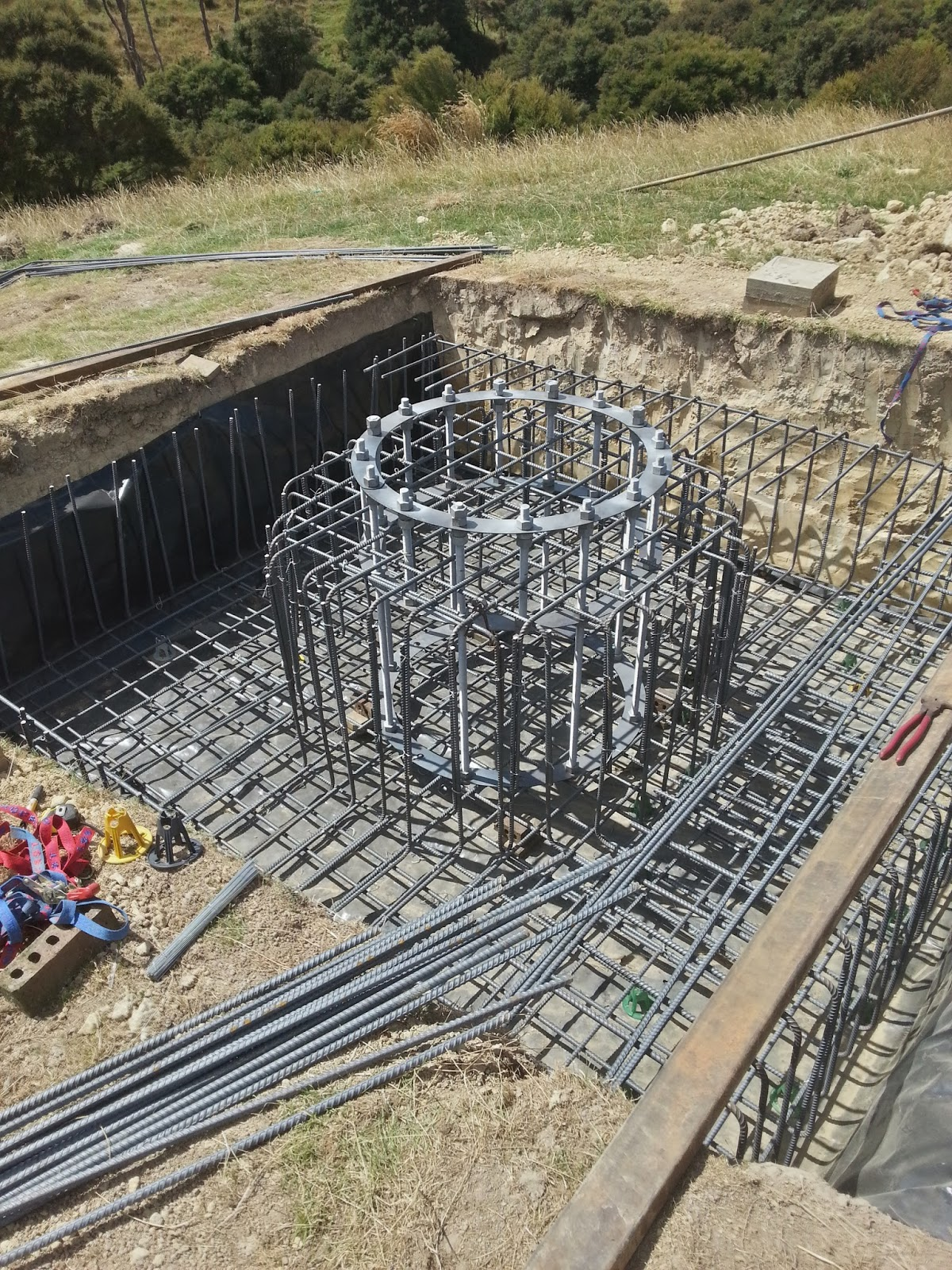 the skysphere building the foundation cage
