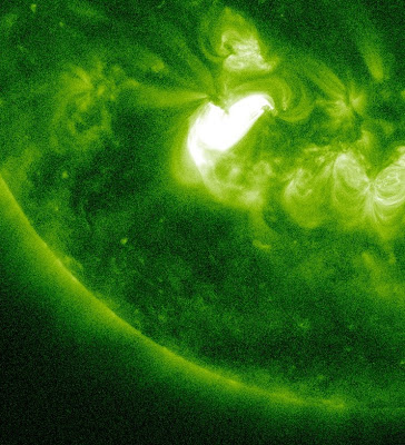Llamarada solar clase M1.2, 13 de Junio de 2012