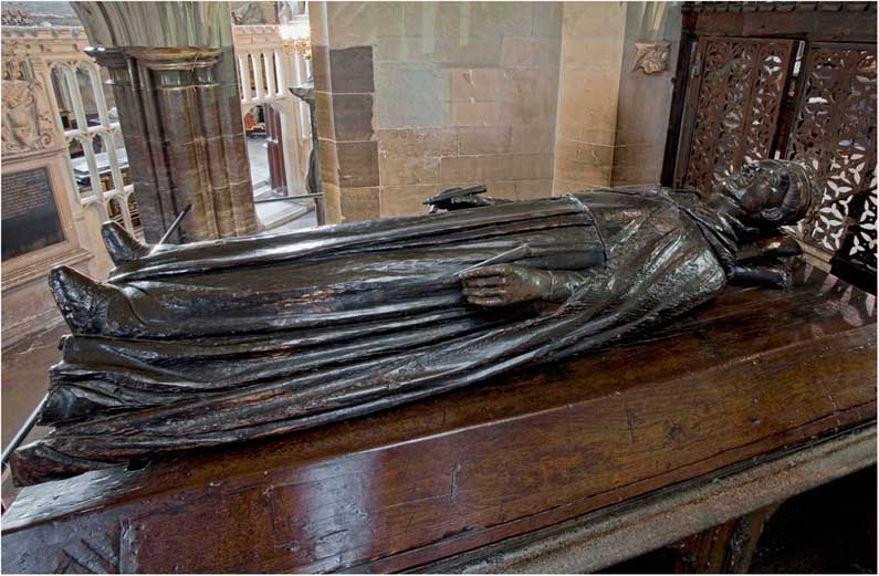 Edward iii again from this angle he looks like a numenorean from the