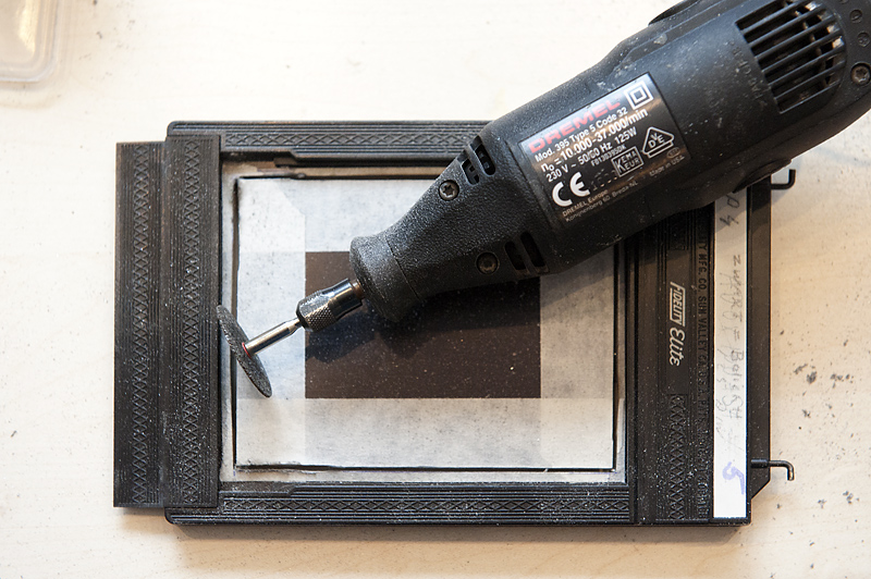As you can\u0027t reach the corners with a round blade you will have to use & Alex Timmermans Collodion Ambrotype wet plate Photography: Modifying ...