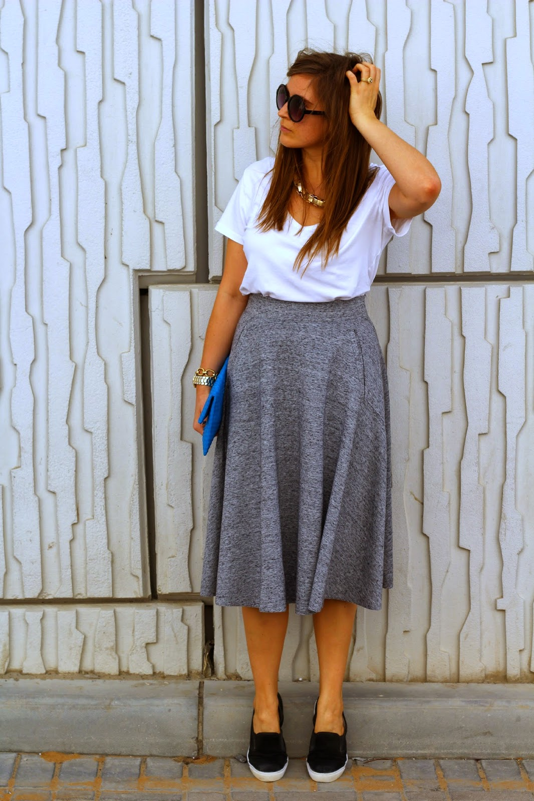 i wish i could wink ootd midi skirt and flats