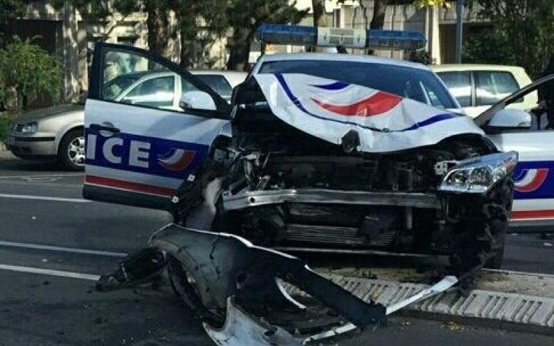 accident de voiture police municipale d orleans voitures. Black Bedroom Furniture Sets. Home Design Ideas