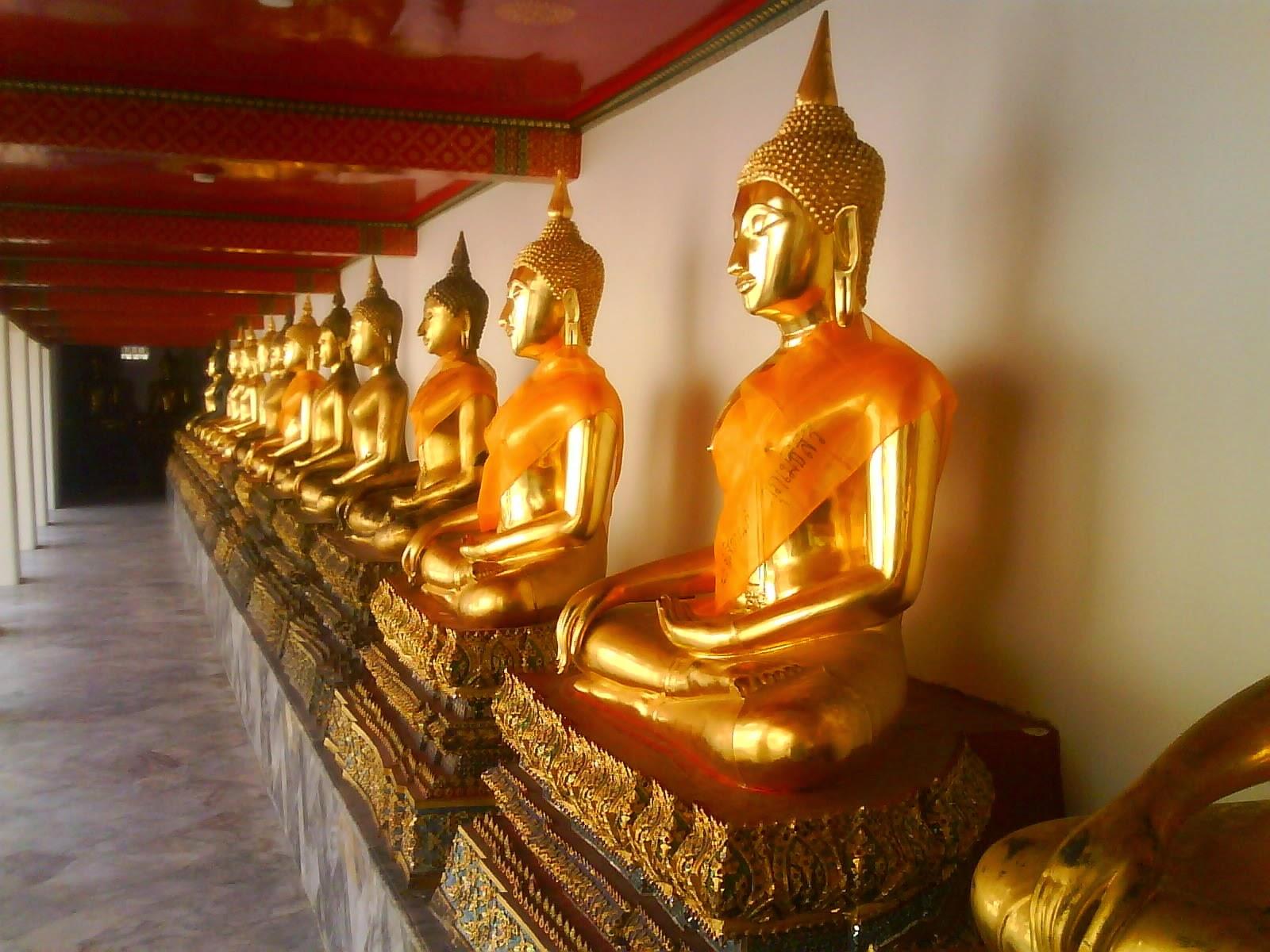 buddhist_temple_bangkok_thailand