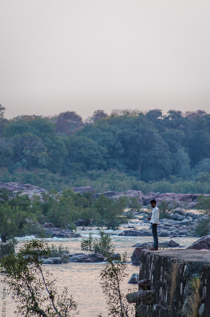 betwa river bank, orchha photos