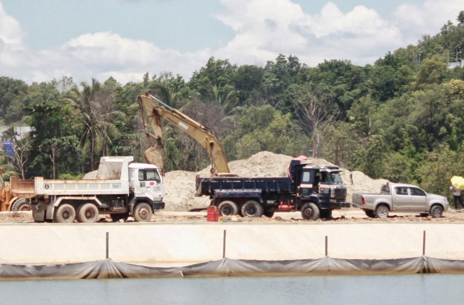 gambar menunjukan kawasan longgokan pasirPencemaran Pembinaan