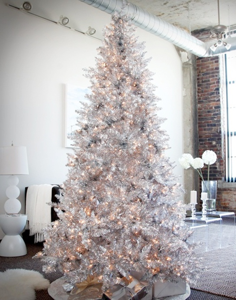 Warm up to winter white winter white wonderland holdiay for How to decorate a small white christmas tree