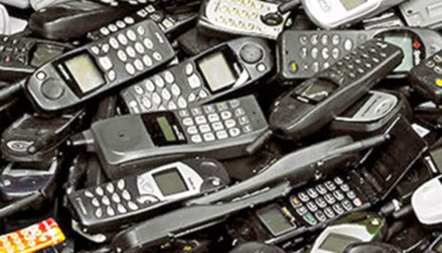 sampah elektronik