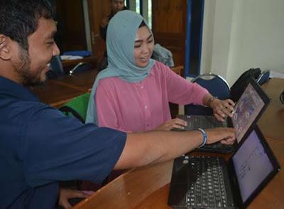 EDUKASI LEWAT GAME : Salah seorang pembuat aplikasi game adalah Rizka, Putri Indonesia Favorit asal Kalbar tahun 2014. Dia membuat game bertema anti korupsi yang sudah ditampilkannya di Jepang.