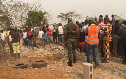 Graphic photos: Dead bodies found buried in building site in Enugu