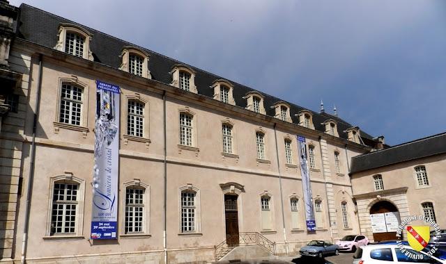 PONT-A-MOUSSON (54) - Abbaye des Prémontrés : les bâtiments conventuels