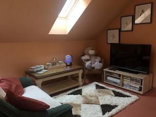 Large Double Lounge Area