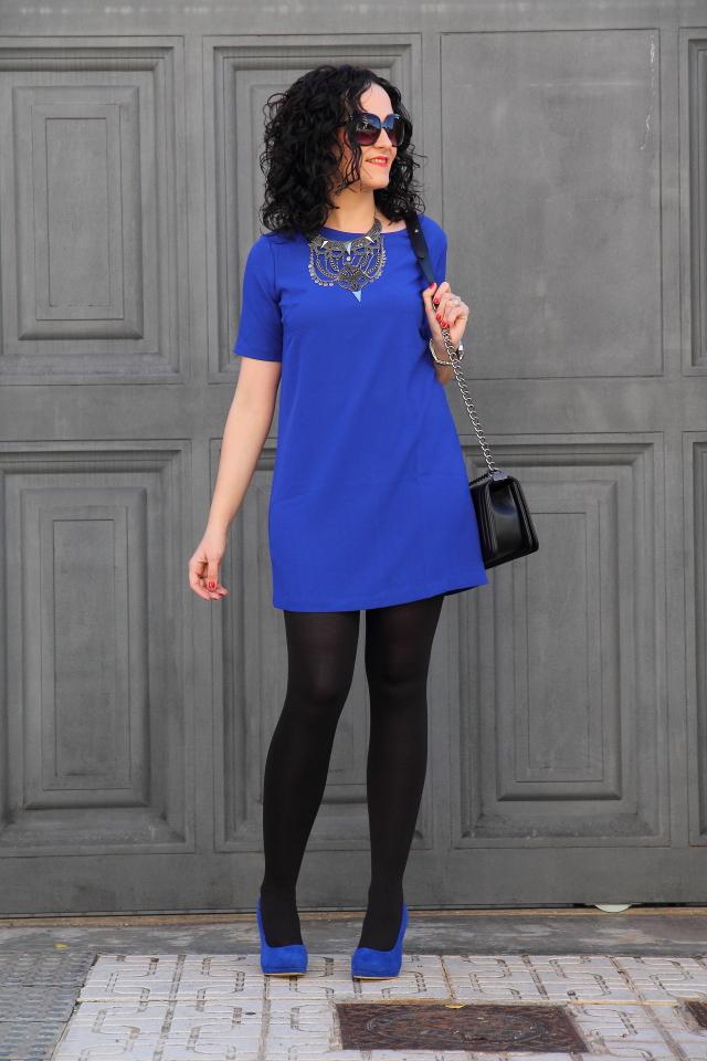 Outfits Vestido Azul Rey