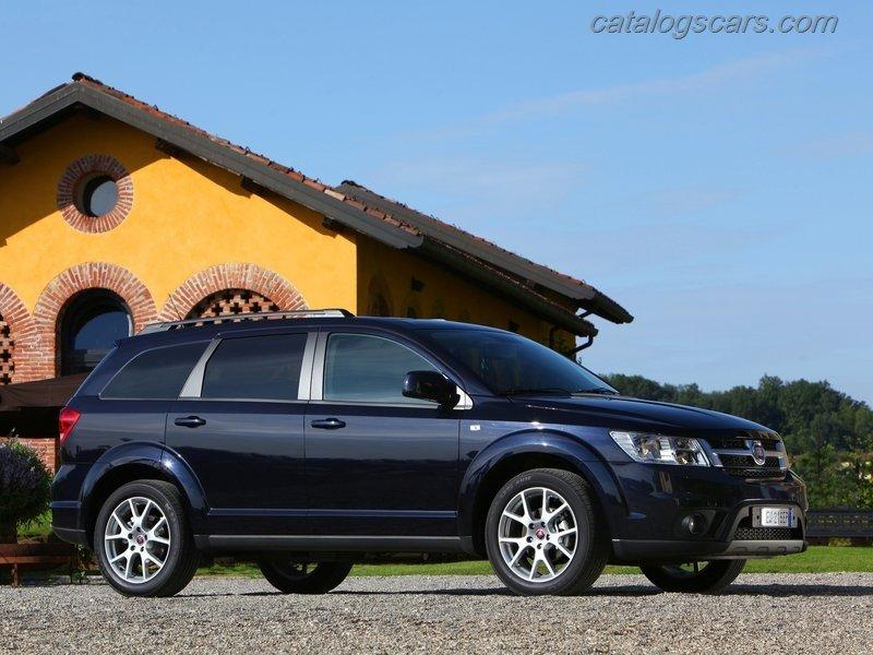 صور سيارة فيات فريمونت 2012 - اجمل خلفيات صور عربية فيات فريمونت 2012 - Fiat Panda Photos Fiat-Freemont-2012-10.jpg
