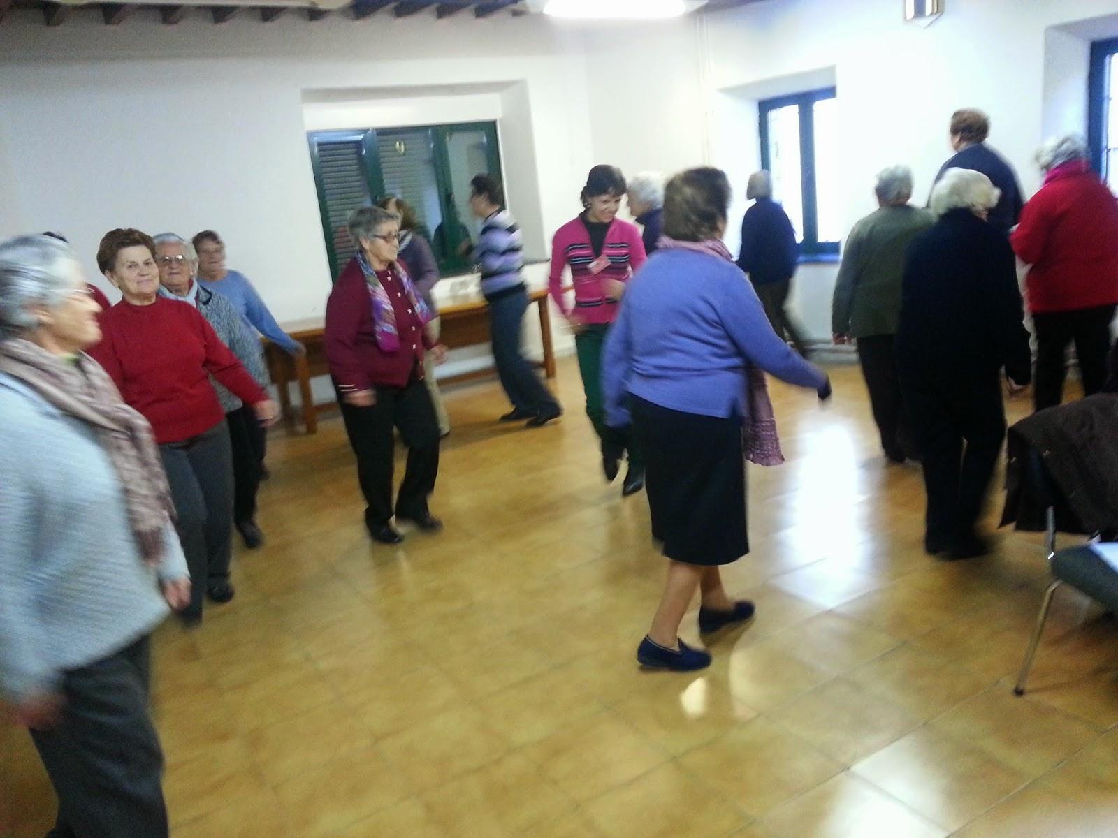 Encuentro de personas mayores en béjar organizado por cruz roja