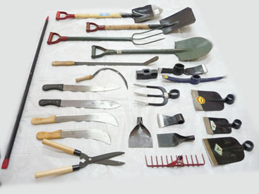 Agricultural tools have become common to make farmers role for Gardening tools online in india