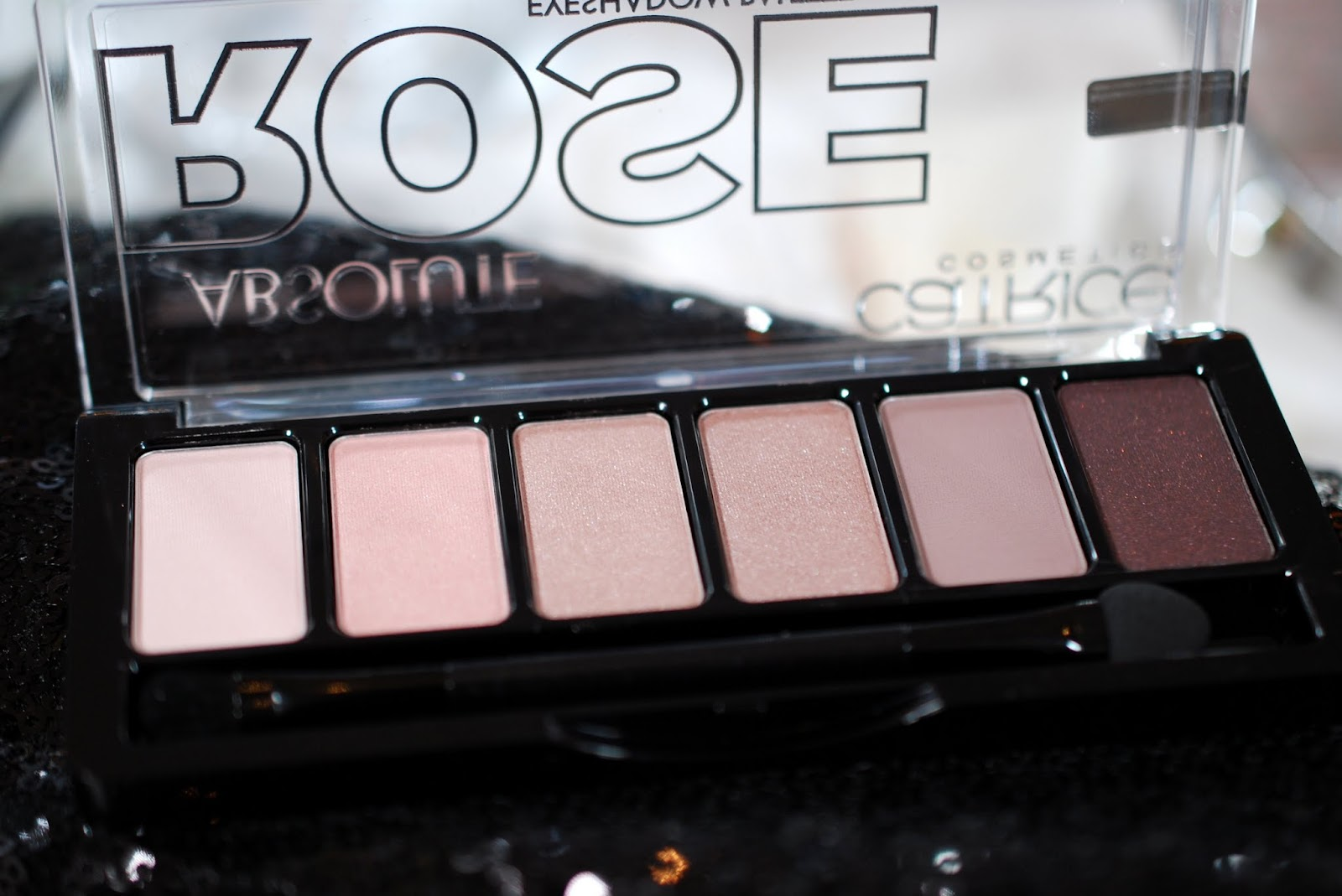 Review: Catrice Absolute Rose Eyeshadow Palette