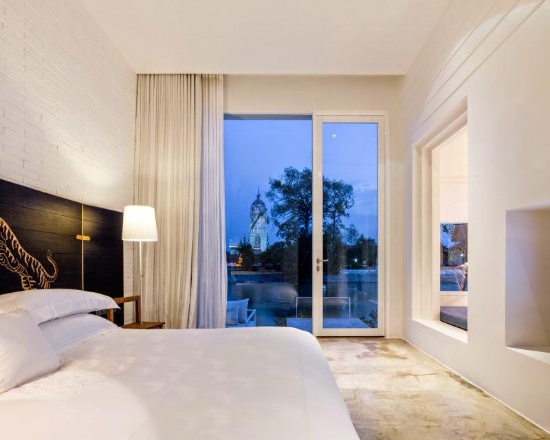 ritme-perpaduan-bata-merah-dinding-fasad-putih-sala-ayutthaya-hotel-sungai-chao-phraya-019