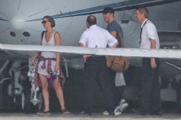 the first joint pictures Jennifer Lawrence and Chris Martin