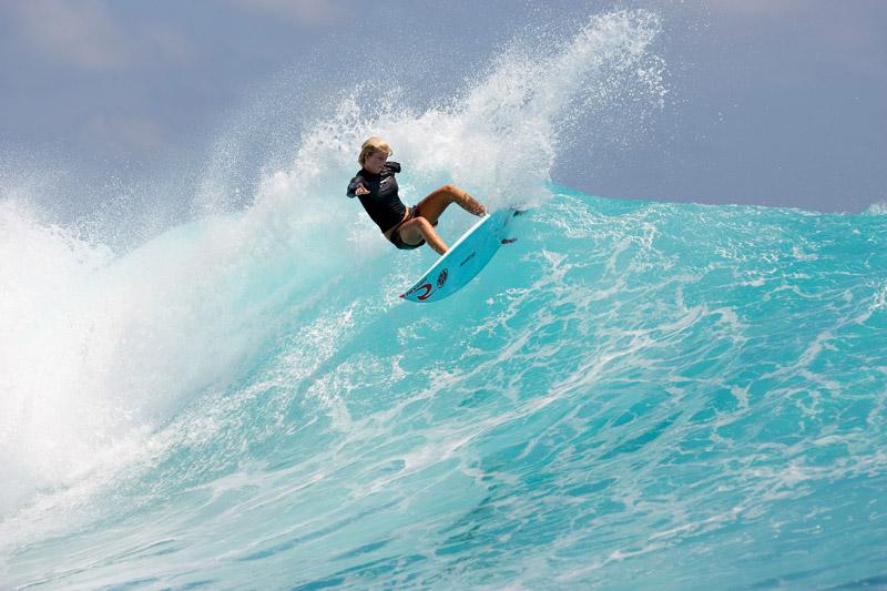 blogspotbollywood1: Soul Surfer The movie Soul Surfer Soul ...