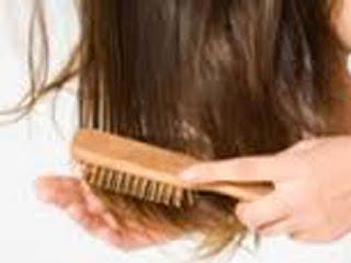 Mengatasi Rambut Rontok Tanpa Bahan Kimia