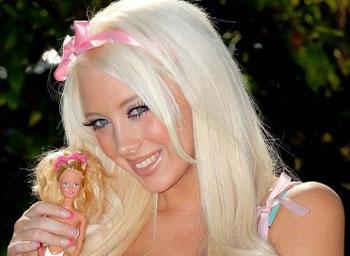 wanita cantik ini operasi plastik agar mirip boneka barbie