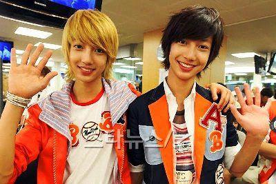 Boyfriend Jo twins