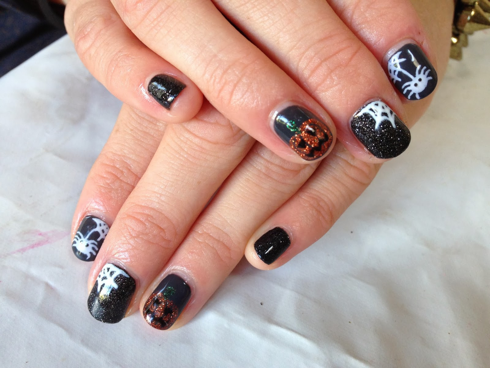 Brush up and polish up october 2013 cnd shellac nail art halloween mixnmatch prinsesfo Images