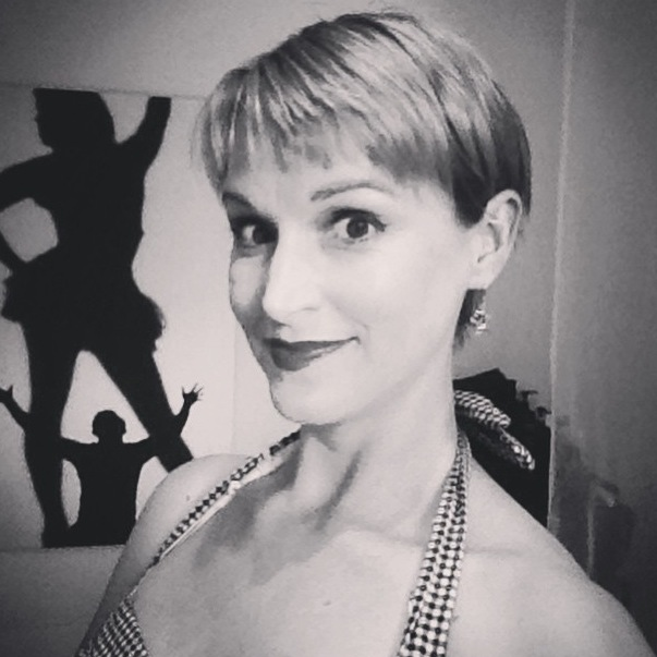 Easy Daily Short Haircut Pixie Cut For Busy Women
