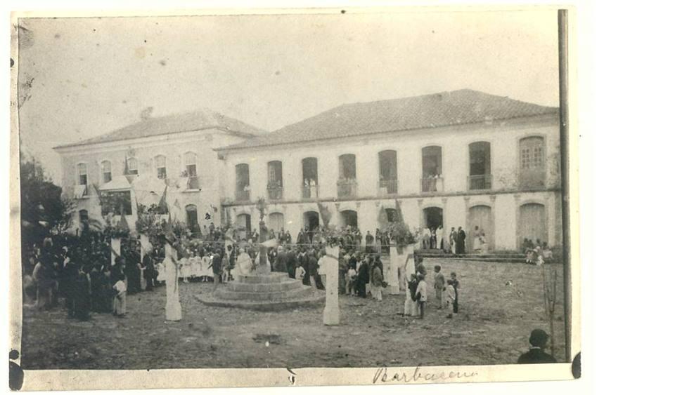 Antigo Pelourinho a Praça da Intendência de Barbacena MG (hoje) Praça dos Andradas