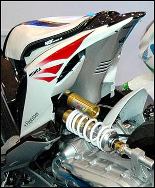 Modifikasi Honda Beat Combine Elements Hi Tech Honda.jpg