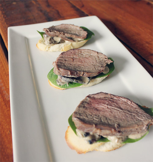 tenderloin crostini with blue cheese mushroom sauce thick creamy blue ...
