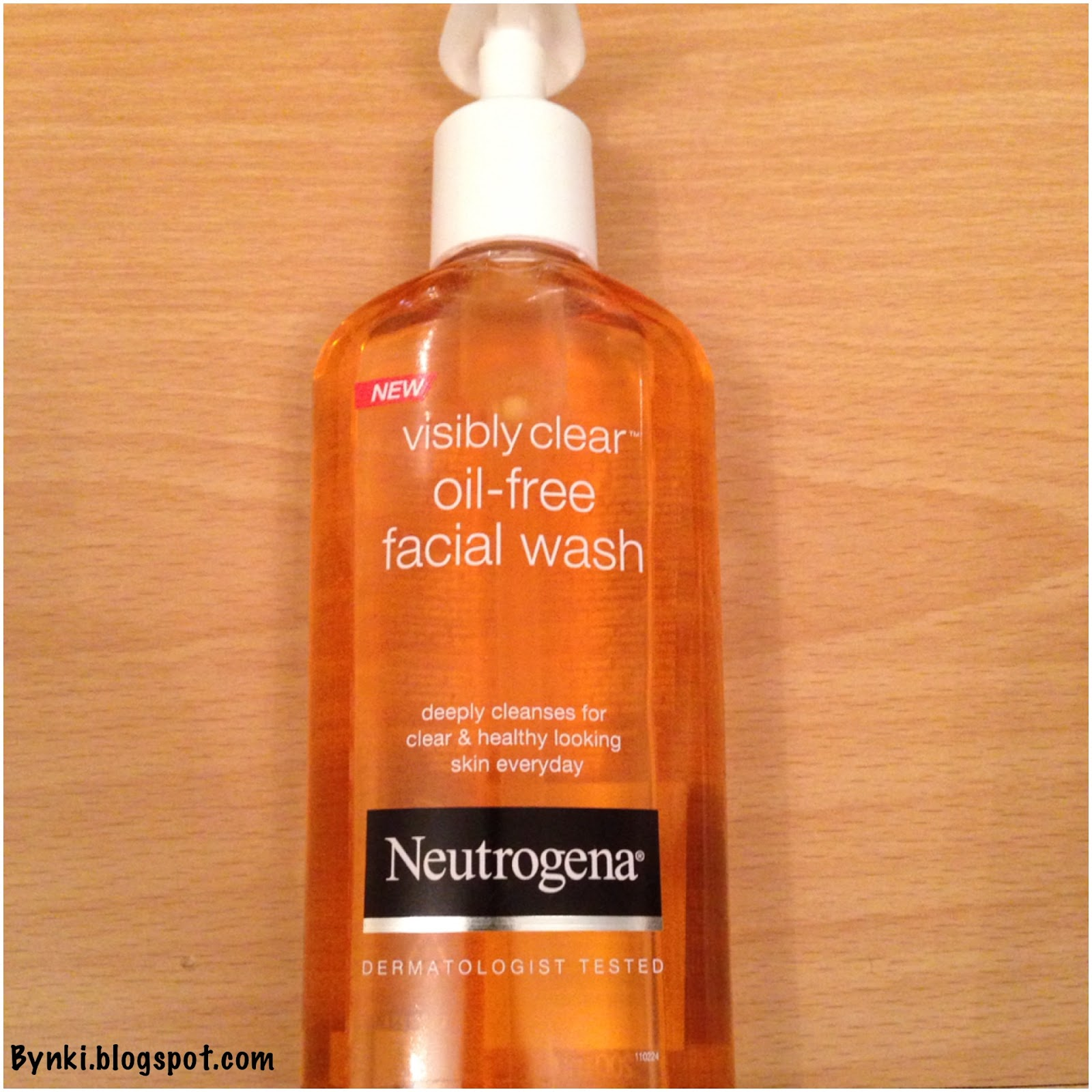 neutrogena spot clearing face wash