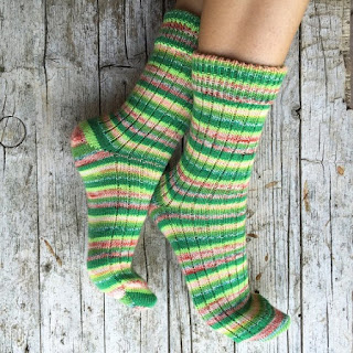 https://www.etsy.com/listing/246814046/wool-knittned-socks-with-stripes-unisex