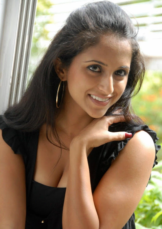 Aashika in Hot Black Dress gallery pictures