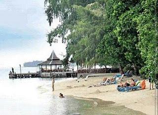 IMG 20151026 220943 - Menikmati pantai pasir putih dan berenang di pulau Sepa