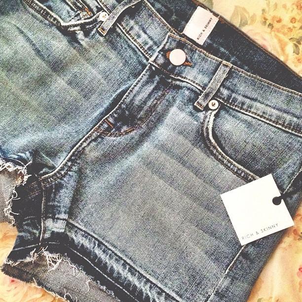Rich & Skinny Shorts