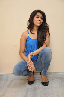 Rashmi Gautam Beautiful Long hairs Blue Tank top and Denim Jeans Spicy Pics