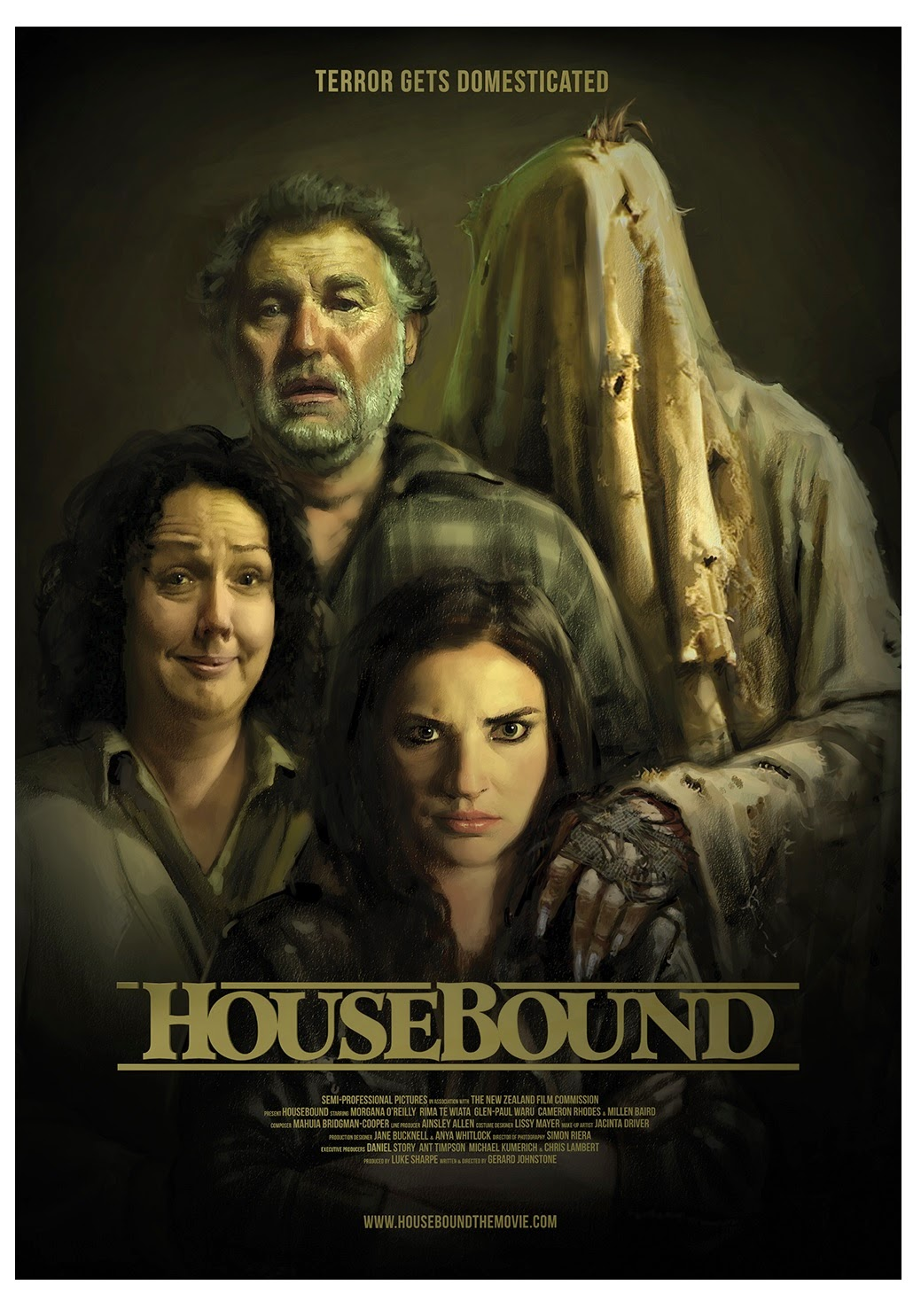 the girl who loves horror: movie review: housebound (2014)