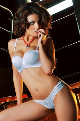 Adriana Conde Adriana Conde espectacular modelo!!