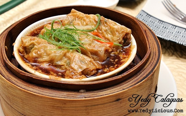 Crystal Jade Steamed Beancurd Skin Rolled with Shrimp & Minced Pork in Oyster Sauce