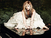 #4 Avril Lavigne Wallpaper