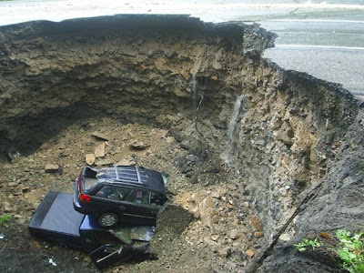 massive sinkholes around the world 09 Massive sinkholes around the world