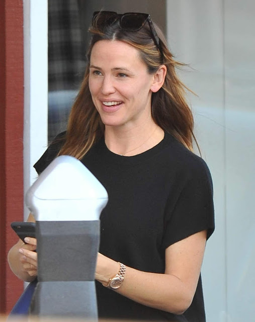 Actress, @ Jennifer Garner spotted out for a coffee with a friend in Santa Monica