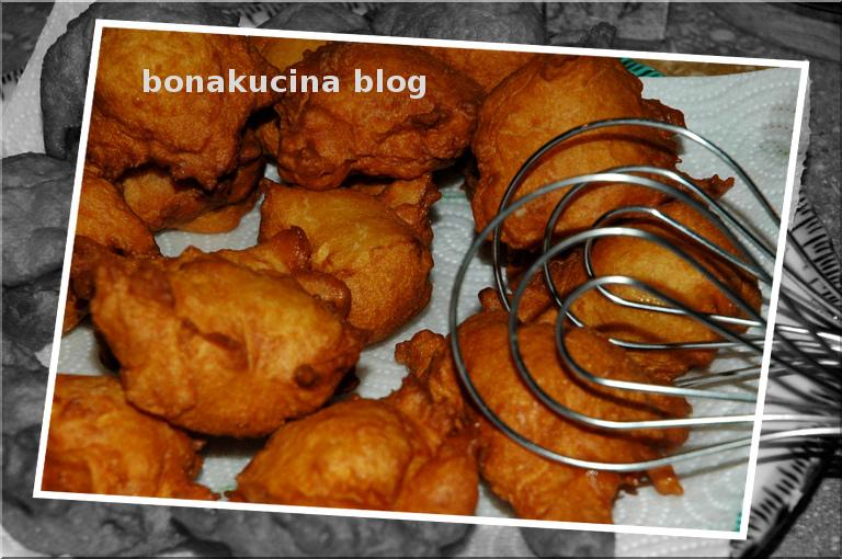 Très Bona Kucina: Petulla me kos (cucina albanese) EY25