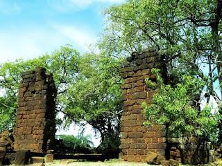 Ruínas da redução jesuíta de São Lourenço Mártir, em São Luiz Gonzaga.