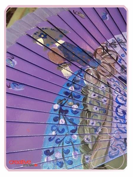 Mariposas en el abanico pintado a mano por Sylvia Lopez Morant