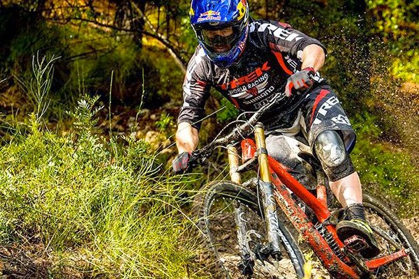 2015 Trek World Racing: The Kiwis